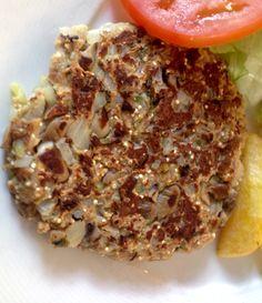 Hamburguesa Quinoa en BANG BANG barcelona Bang Bang, Meatloaf, Quinoa, Barcelona, Food, Burgers, Essen, Barcelona Spain, Yemek