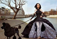 katy perry for vanity fair. shot by annie leibovitz. (Pinned not for the Katy Perry, but for the Annie Leibovitz. Definitely among my favorite photographers. Katy Perry Photos, Justin Timberlake, Justin Bieber, Jean Paul Gaultier, Vanity Fair, Gilles Caron, Black Standard Poodle, Standard Poodles, André Kertesz