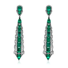 Sutra earrings with emeralds and diamonds in black gold.
