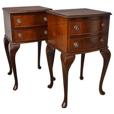 Shop vanities and other modern, antique and vintage tables from the world's best furniture dealers. Table Furniture, Cool Furniture, Bedside Chest, Antique Vanity, Modern Vanity, Coffe Table, Vintage Table, Vanities, Georgian