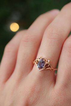 Vintage Inspired Engagement Rings, Dream Engagement Rings, Rose Gold Engagement Ring, Alexandrite Engagement Ring, Unique Diamond Rings, Matching Wedding Bands, Pretty Rings, Ring Verlobung, Vintage Rings