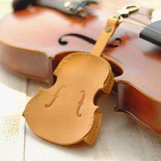 Handmade Leather Cute Violin Camel Keyring Keychain Women Personalized – Evergiftz