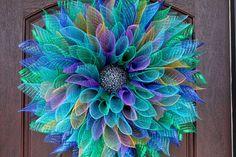 15 refreshing handmade summer wreath designs you need 15 refreshing handmade summer wreath designs you need # door wreath How to Make a (Super Easy) DIY Deco Mesh Wreath. Burlap Flower Wreaths, Sunflower Wreaths, Deco Mesh Wreaths, Floral Wreaths, Wreath Burlap, Deco Mesh Bows, Floral Decorations, Deco Mesh Crafts, Wreath Crafts