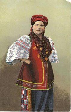 #Ukraine #Poltava #history  Щирі. Костюми заміжніх жінок Полтавщини | Українська правда _Життя