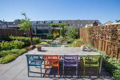 Afbeeldingsresultaat voor mooie tuin met trampoline