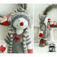 ideas y tendencias en decoracion Art Christmas Gifts, Snowman Christmas Decorations, Christmas Sewing, Snowman Crafts, Christmas Snowman, Christmas Projects, Handmade Christmas, Holiday Crafts, Merry Christmas