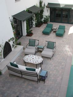 A Structure Home Client's Outdoor Lounge (3 of 3).