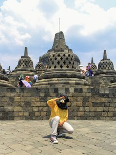 Borobudur Temple, Casual Hijab Outfit, Girl Hijab, Mode Hijab, Lock Screen Wallpaper, Monument Valley, Ootd, Photoshoot, Poses