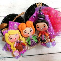 Bincha bow moño brujas abracadabra Balerina, Abundance, Pasta, Christmas Ornaments, Halloween, Holiday Decor, Home Decor, Bruges, Cold Porcelain