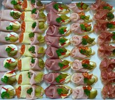 Lunch Snacks, Party Snacks, Keto Snacks, Holiday Party Appetizers, Snack Platter, Food Carving, Christmas Lunch, Food Platters, Food Design