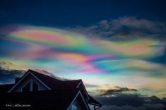 """Laffen Jensen wrote on New Year's Eve: """"Pearl Clouds (polar stratospheric clouds) have been observed since several days after Christmas, over large parts of Norway. The clouds have been large and covered partially large parts of the sky."""""""