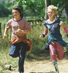 Jess Aarons and Leslie Burke (Josh Hutcherson and Annasophia Robb)- Bridge to Terabithia