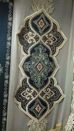 Lace Patterns, Cross Stitch Patterns, Ramadan Decorations, Diy Pillows, Blackwork, Table Runners, Fanfiction, Bohemian Rug, Embroidery Designs