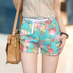 Whosale Price Fashion Floral Shorts With Belt. Very cute for the warm days of spring and summer. Summer Outfits, Casual Outfits, Cute Outfits, Fashion Outfits, Fashion Trends, Fashion Shorts, Fashion Scarves, Fashion 2016, Casual Clothes