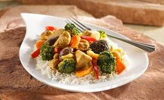 Recipe for Biryani Chicken and Vegetable Sauté. This Indian inspired biryani paste adds bold spicy flavor to our sautéed boneless skinless chicken breasts with fresh seasonal vegetables. Sauteed Vegetables, Chicken And Vegetables, Biryani Chicken, Cooking Chicken Thighs, Good Food Channel, Ribs On Grill, Braised Short Ribs, Vegetable Seasoning, Bon Appetit