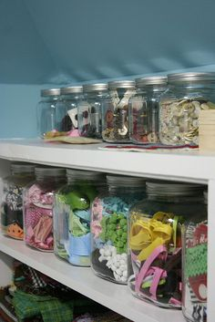 buttons and trims by house on hill road, via Flickr