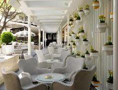 Ivy Bar, Sydney - think Hollywood or South Beach beach club....! Designed by Hecker Gurthrie Interior Design Studio