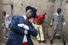 Gentlemen of Bacongo, Congo 2009, Photographer Daniele Tamagni