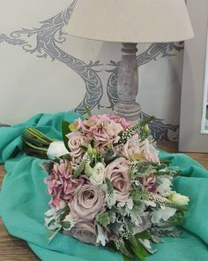 ⚘Wedding Day ⚘  #vintage #vintagewedding #happyday #weddingbouquet #vintagebouquet #wonderfullife #anthos_theartofflowers #flowerlovers Its A Wonderful Life, Happy Day, Flower Art, Wedding Bouquets, Wedding Day, Flowers, Vintage, Instagram, Home Decor