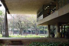 João Batista Vilanova Artigas: FAU São Paulo University