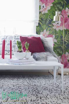 Blooming Jungle Wallpaper | Removable Wallpaper - Tropical Wallpaper - Exotic…