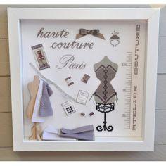 cadre vitrine sur pinterest miniature shadow box et livres b b. Black Bedroom Furniture Sets. Home Design Ideas