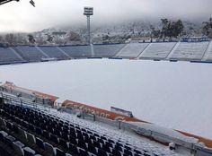 Estadio San Carlos de Apoquindo nevado - Universidad Catolica  Chile