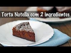 Torta (Bolo) de Nutella c/ 2 Ingredientes - Aqueça 1 xícara de Nutella (240 ml) no micro-ondas 30 seg., p/ ficar molinha. Bata 4 ovos grandes até triplicarem de volume. Misture 1/3 da quantidade de ovos c/ a Nutella, repita a operação mais 2 etapas até misturar tudo. Se colocar os ovos de uma vez fica difícil misturar. Assar em forno preaquecido 180º em forma untada e polvilhada com chocolate em pó (forma entre 15 e 20 cm). O meu assou em 22 min., mas  varia conforme a marca do forno.