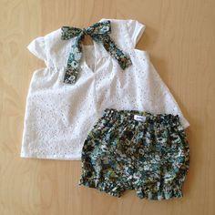 Etsy の リボンのブラウスリバティ by PolloKidsClothing - - baby fashion - Bébé Baby Girl Fashion, Toddler Fashion, Toddler Outfits, Kids Outfits, Kids Fashion, Baby Girl Dress Patterns, Baby Dress Design, Little Girl Dresses, Baby Kind