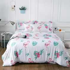 This beautiful tropical style fun flamingo bird print bedding sets add understated charm to your bedroom, and feature flamingo pattern in pink and white colors. Update the look of your bedroom with these flamingo print fun tropical bedding sets. King Bedding Sets, Luxury Bedding Sets, Pink Bedding, King Comforter, Comforter Sets, Girls Bedroom Sets, Childrens Bedroom, Girl Bedrooms, Beige Bed Linen