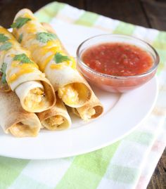 These baked cream cheese chicken taquitos are a healthier alternative to your average store bought frozen taquitos. These taquitos come together in no time and can be frozen and reheated to eat anytime!