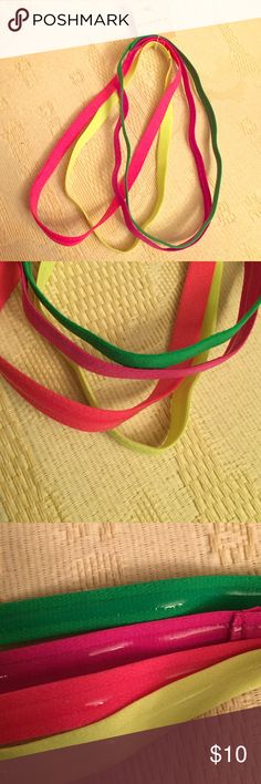 🆕 Riviera Colorful Headbands, 4 Pack Authentic Riviera Thin Headbands, 4 Pack. Multi-Colored: Pink, Orange, Green, Yellow. Non-Slip Grip. Brand New. Excellent Condition. No Trades. Riviera Accessories Hair Accessories