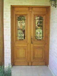 Puerta madera-hierro