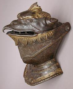 Yelmo de caballería en forma de cabeza de grifo - Siglo XVI