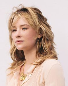 Haley Bennett Discusses Chloé Perfume Acting and Fashion Hayley Bennett, Chloe Perfume, Beautiful People, Beautiful Women, Belleza Natural, Famous Women, Great Hair, Girl Crushes, Pretty Woman