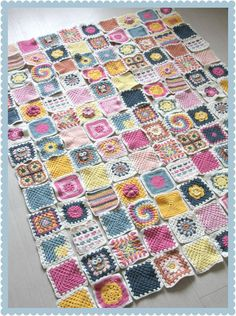 This is amaze balls! Granny Square Challenge with 20+ different crochet square patterns - check out more about the why and how to over at The Heartfelt Company