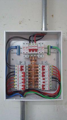 Plano electrico de una casa | esquemas electricos | Electrical installation, Electrical plan y