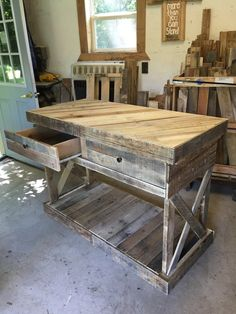 Kitchen Island w/drawers