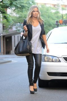Lara Bingle - Love everything about this outfit! Alexander Wang bag again... got to get one!