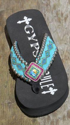 b0500e7e405398 Gypsy Soule BW Dixie Flip Flop
