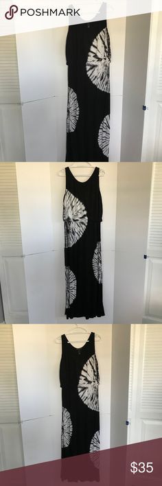 "I.N.C. International Concepts maxi  XL (C-4) I.N.C. International Concepts (XL, Day Dream Tie Dye) long tie dye Black and White print maxi dress with silver studs. Gorgeous from day to evening dress (beach to club) Elastic waist line and slit on the side leg.  Very stretchy. INC International Concepts Women's Tie-Dyed Maxi Dress (XL, Day Dream Tie Dye)  Scoop neckline, sleeveless, Pullover styling, Allover tie-dyed print, Maxi silhouette, Hits at ankle. Length from armpit 51"" I.N.C…"
