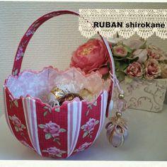 RUBAN 白金通信: チューリップ型のボンボン入れ Cartonnage/handmade/TULIP box/カルトナージュ/チューリップ型/ボックス