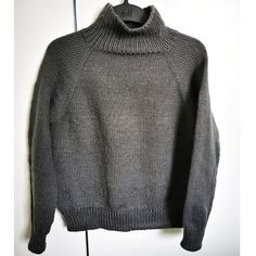 Ylhäältä alas neulottu pusero Knit Crochet, Men Sweater, Knitting, Sweaters, Tops, Fashion, Moda, Tricot, Fashion Styles