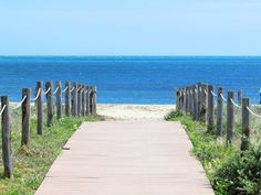 Pláž Nora - Sardínia Work Family, Sidewalk, Traveling, Beautiful, Viajes, Side Walkway, Walkway, Trips, Walkways