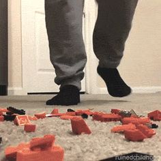 How it really feels when stepping on a Lego. This is accurate. WATCH THE GIF saw this on vine, hilarious!