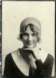 ** Vintage Photo Booth Picture ** Charming young woman ca. 1920