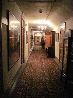 Red Lion Inn Stockbridge Ma Long Hallway   We Stayed In The Red Lion Inn  Many