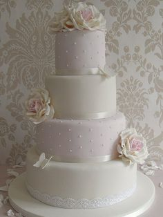 Wedding cake from Cotton & Crumbs. A big fan of their beautiful work.