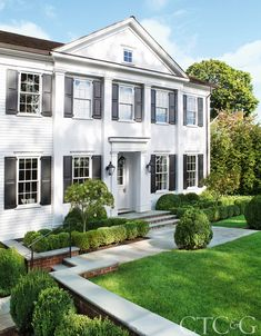 Designer John Bjørnen Takes a Greenwich Colonial to the Next Level - Connecticut Cottages & Gardens - September 2017 - Connecticut