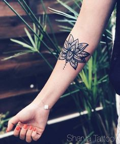 Lotus flower - Sharya Tattoo